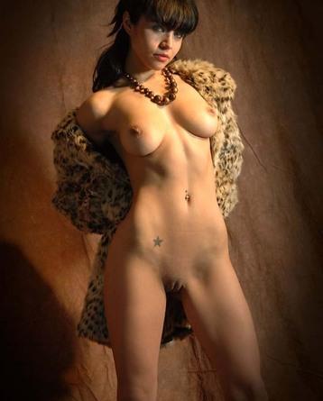 Charo Gets Naked - walterbosque-art   novoerotica.com