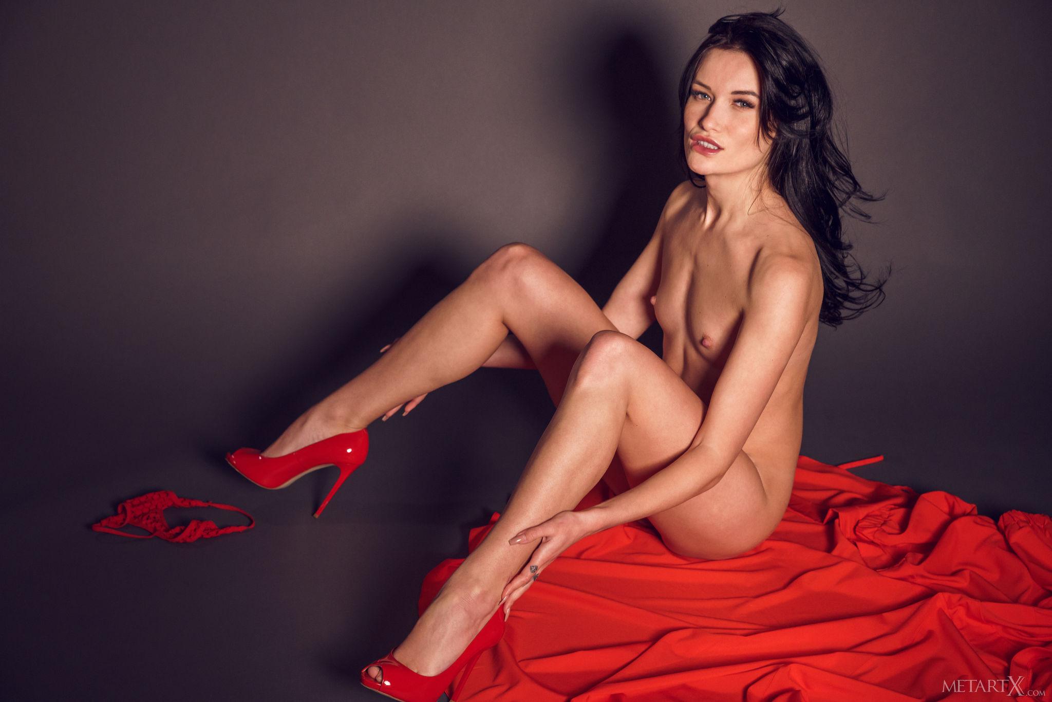 The red dress manuela eccli